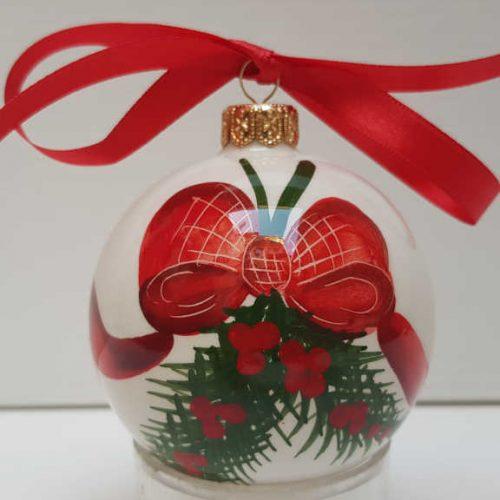 Il Nostro Natale ornamento palla media decoro fiocco e pungitopo